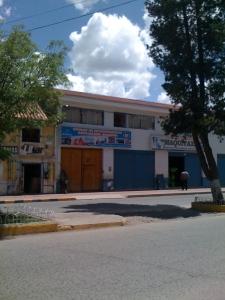 Asociación Arariwa: Institución de Microfinanzas - Microfinance Institution