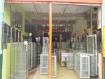 Another shop selling glass on Avenida Cuglievan