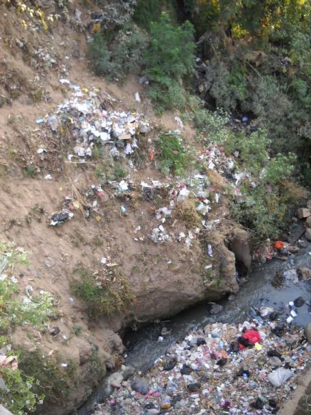 Cojxac Trash River
