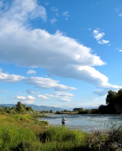 Fishing on the Mtkvari river