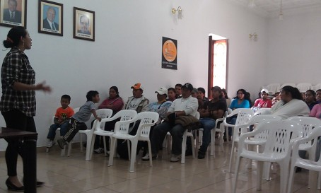 A business management training session at FODEMI - Isabel Balderrama, Ecuador