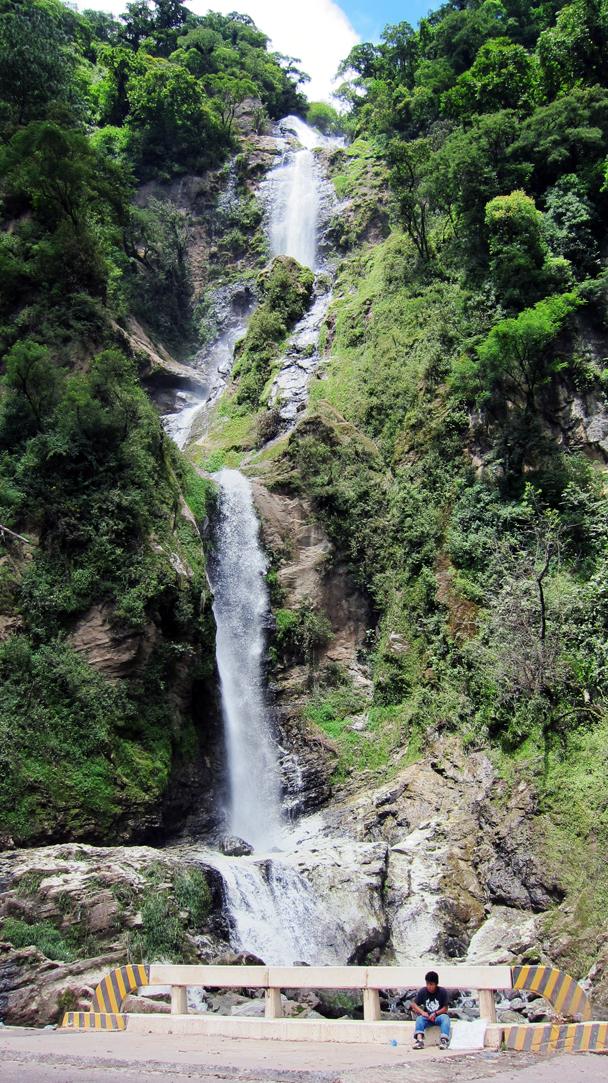 A Waterfall on the way to Panajachel