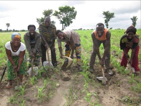 The Kouroumlakiwe Group in Togo received a loan from WAGES to fund their farming activities