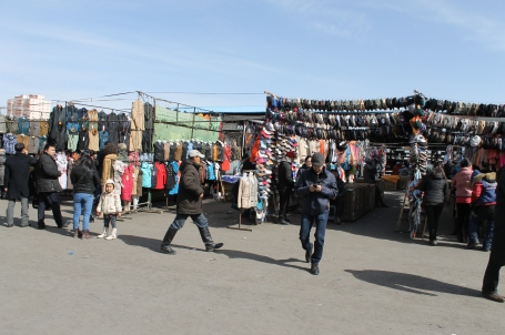 Narantuul market, the largest outdoor market in UB